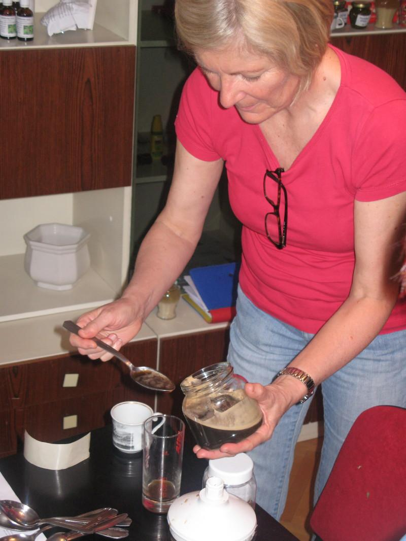 Sveži sok iz poganjkov rmana.