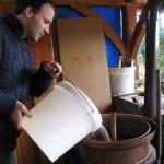 Luka zliva nango v kotel.